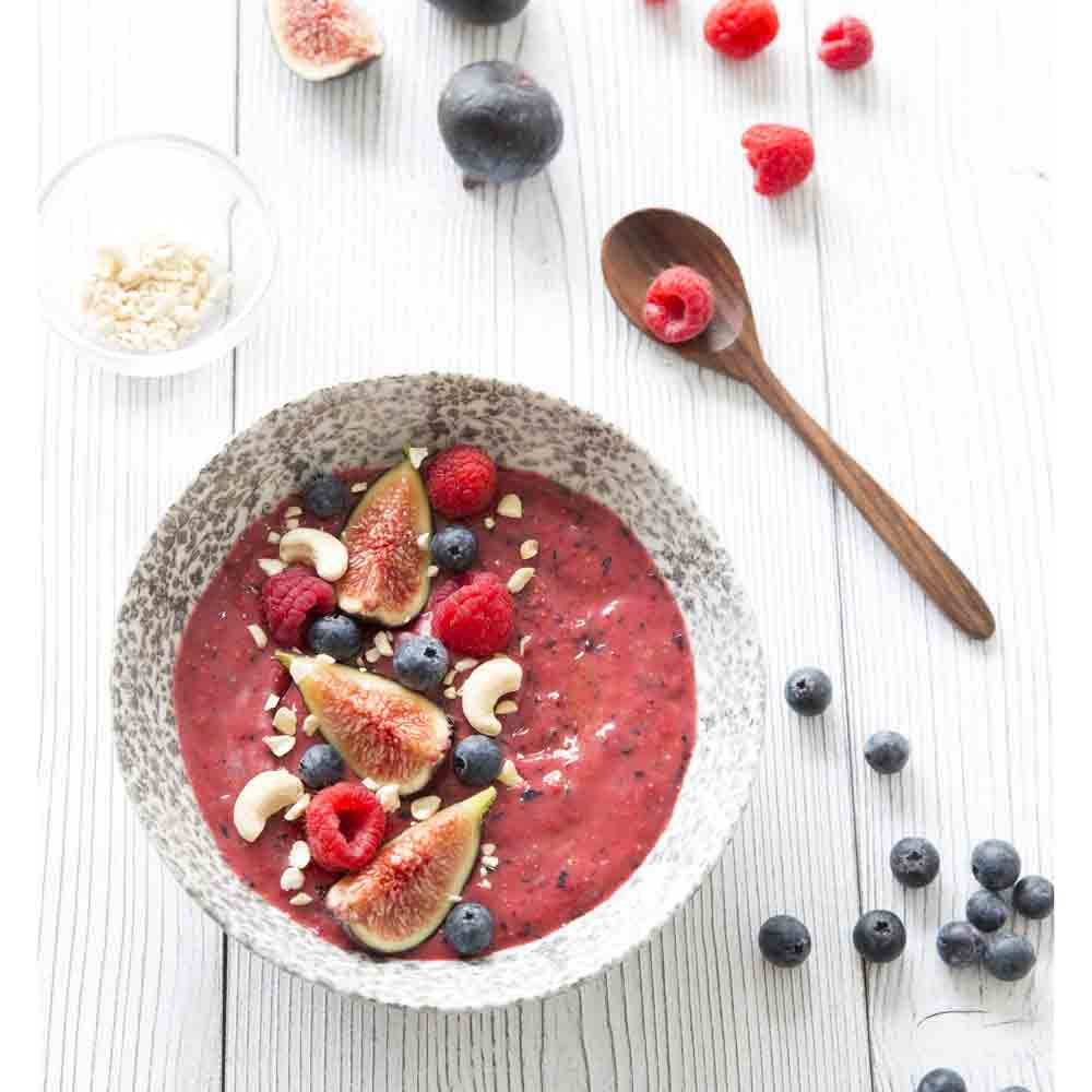 Smoothie bowl aux fruits rouges Emile Noël